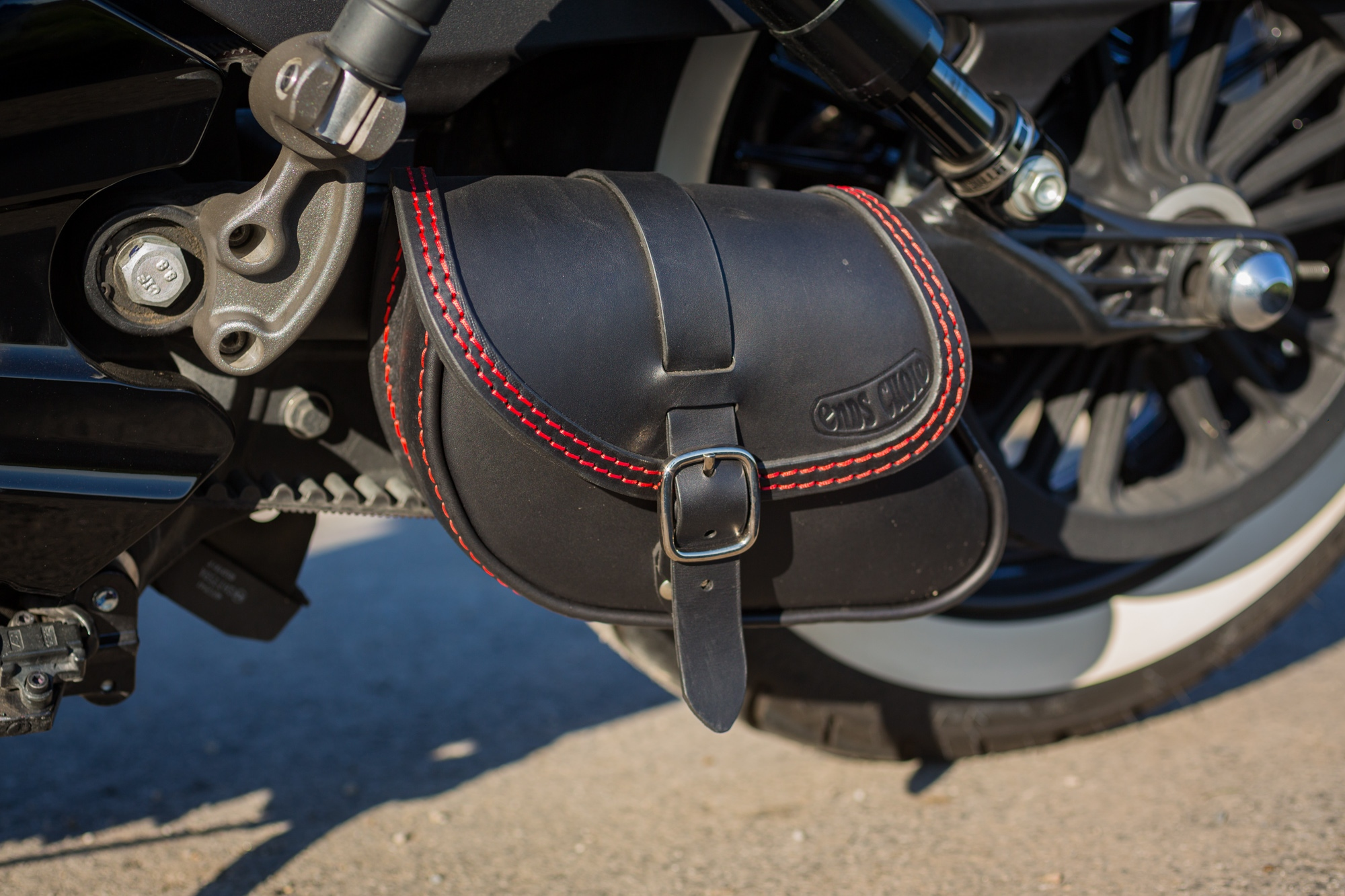 Ends Cuoio Paco Swing Arm Bag